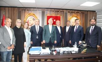 Ulaştırma ve Altyapı Bakanı Karaismailoğlu, Balıkesir-Savaştepe Yolu şantiyesinde incelemelerde bulundu: