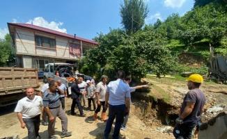AK Parti'li Yavuz'dan Akyazı'da selde ölen Özkul'un ailesine taziye ziyareti