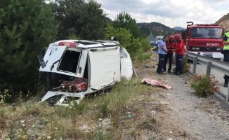 Balıkesir'de şarampole devrilen ticari aracın sürücüsü yaralandı