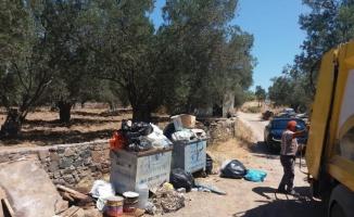 Bayram tatili yoğunluğu yaşayan Ayvalık'ta 1 günde 240 ton çöp çıktı