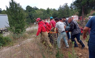 Dursunbey'de trafik kazasında 2 kişi yaralandı