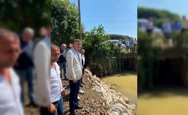 İYİ Parti Genel Başkan Yardımcısı Dikbayır, Sakarya'da selden etkilenen vatandaşları ziyaret etti