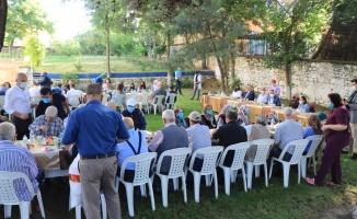 Kırklareli Valisi Bilgin huzurevi sakinleriyle bayramlaştı