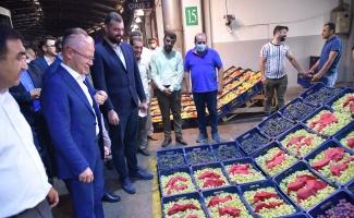 Bursa'da Hal esnafına AK Parti'den ziyaret