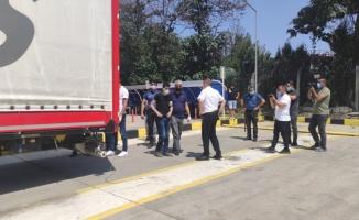 Bursa'da tır dorsesinde yabancı uyruklu 2 kişi yakalandı