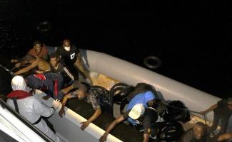 Çanakkale'de Türk kara sularına itilen 59 sığınmacı kurtarıldı