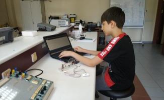 Enderun Yetenekli Çocuklar Merkezi öğrencisi, depremzedelere yönelik projesiyle TEKNOFEST'e katılacak