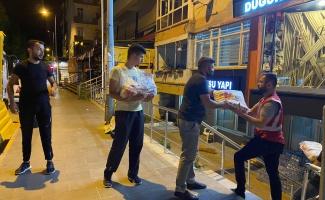 İzmit Belediyesi'nin yardım aracı Kastamonu'ya ulaştı