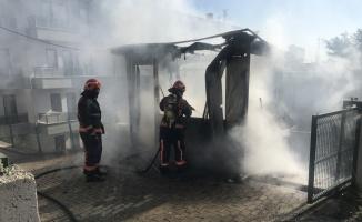 Sakarya'da yurdun güvenlik kulübesini ateşe verdiği iddia edilen şüpheli yakalandı