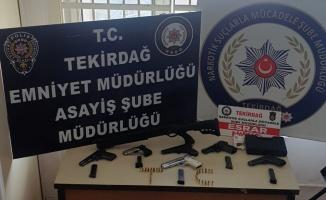 Tekirdağ'da çeşitli suçlardan aranan 14 kişi yakalandı