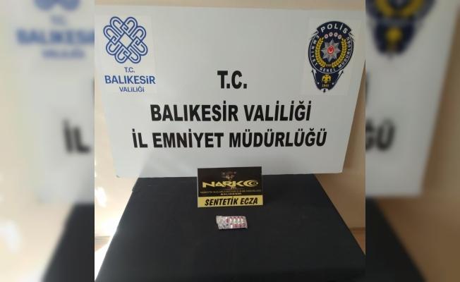 Balıkesir'de gerçekleştirilen uyuşturucu operasyonlarında yakalanan 2 kişi tutuklandı