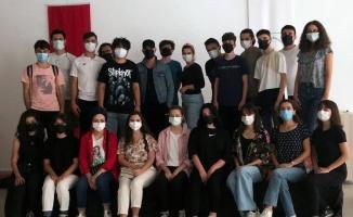 Bursa Osmangazi'de Tiyatro Okulu yeni döneme hazır