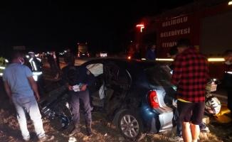Çanakkale'de 2 otomobilin çarpıştığı kazada 4 kişi yaralandı