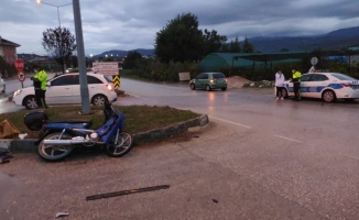 İnegöl'de meydana gelen kazada motosiklet sürücüsü yaralandı