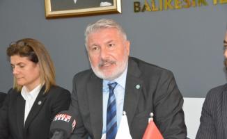 İYİ Partili Bahadır Erdem, Balıkesir'de konuştu: