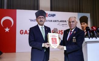 Kılıçdaroğlu, gazilerle buluştu