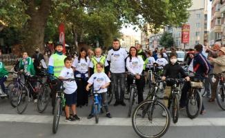 Kırklareli'nde çocuklar aileleriyle pedal çevirdi
