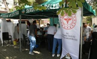 Serdivan'da aşı kampanyasına yoğun ilgi