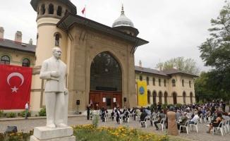 Trakya Üniversitesi Güzel Sanatlar Fakültesi'nde mezuniyet töreni düzenlendi