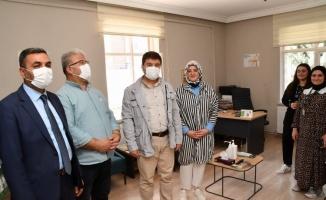 Aksaray Başkan Dinçer, Yeşilay'ı ziyaret etti