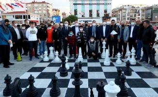 Bağcılar'da satranç turnuvası düzenlendi