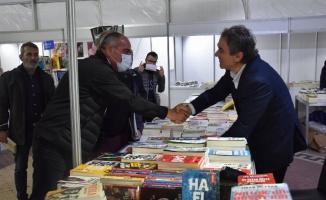 Bursa Gemlik'te Kitap Fuarı binlerce kitapseveri ağırladı
