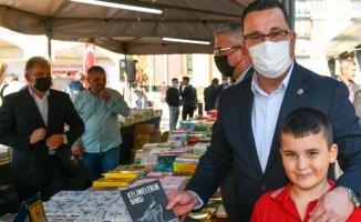 Bursa Mustafakemalpaşa'da kitap günleri kapılarını açtı