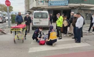 Bursa'da geri manevra yapan hafif ticari aracın çarptığı yaşlı adam yaralandı