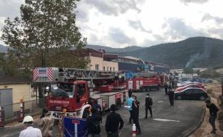 Bursa'da kimya fabrikasında meydana gelen patlamada 1 işçi öldü, 3 işçi yaralandı