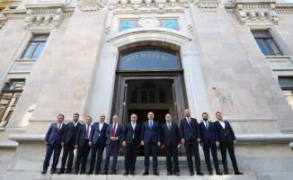 İstanbul Sirkeci'deki PTT binasına tarihi restorasyon