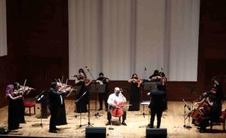 İzmir'de genç yeteneklerden konser