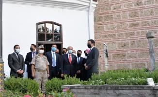 KKTC Cumhurbaşkanı Tatar, Ertuğrul Gazi Türbesi'ni ziyaret etti: