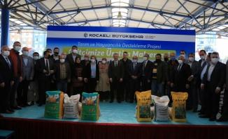 Kocaeli'de çiftçilere gübre ve tohum desteği