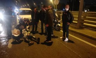 Kocaeli'de kaldırıma çarpan motosikletin sürücüsü yaralandı