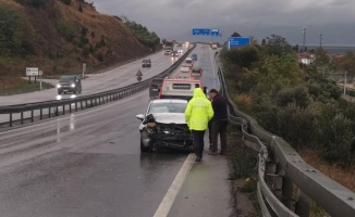 Kocaeli'deki trafik kazalarında 2 sürücü yaralandı
