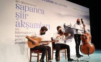 Sakarya Sapanca'da şiir dolu gece