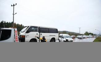 Sakarya'da zincirleme trafik kazasında 3 kişi yaralandı