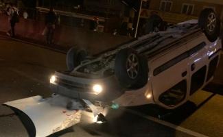 Yalova'da devrilen otomobilin sürücüsü yaralandı