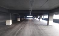 Gebze#039;deki 7 katlı otoparkın katlarına asfalt serimi başladı