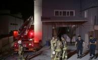 Arnavutköyde ambalaj fabrikasında çıkan yangın söndürüldü