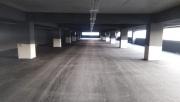 Gebze'deki 7 katlı otoparkın katlarına asfalt serimi başladı