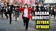 Başkan Hürriyet, Cumhuriyet Bayramı'nda zeybek oynadı