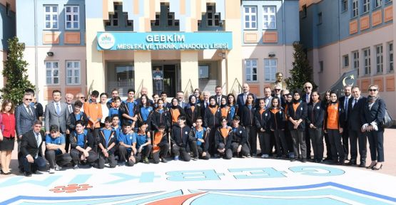 Vali Aksoy, GEBKİM Mesleki ve Teknik Anadolu Lisesi'ni ziyaret etti